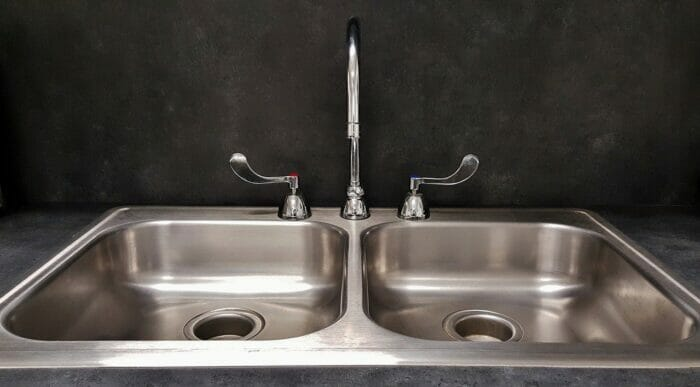 A scratch free stainless steel basin
